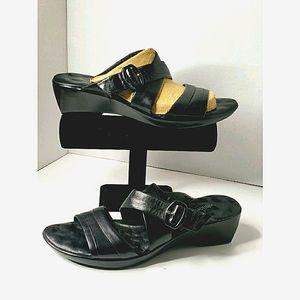 Walking Cradle - Black Leather Sandals